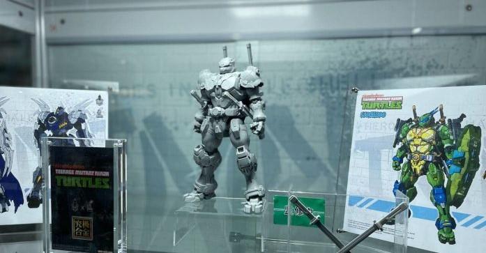 "Heat Boys x Snap Design : Shredder , Leonardo, Raffaello, Michelangelo & Donatello ""TMNT"" Diecast Action Figure"